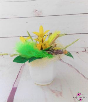 Topfgesteck mit gelber Kleinblüte