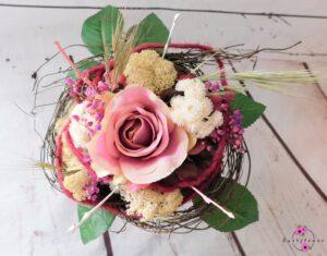 Kunstblumenstrauß in lila und rosa